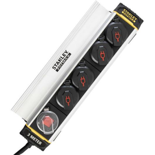 Stanley SXECCH2LAFE 4-es elosztó, csiptetős, kapcsolóval 3 méter kábel IP44